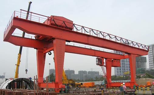 """""""A"""" & """"U"""" Model Double Gantry Cranes That Will Be Useful In Your Industry"""