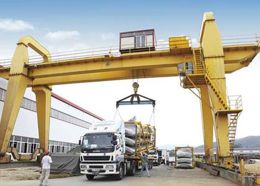 Helpful Information On How To Choose The Right Gantry Crane For Your Project