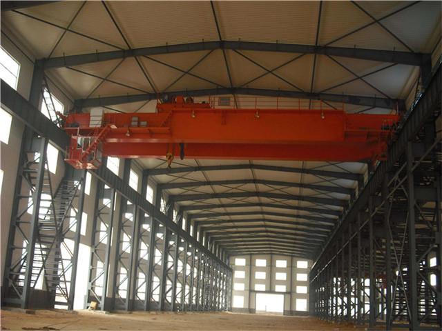 Request overhead crane 30 m